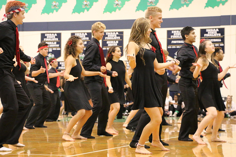 Members+of+last+year%27s+Latin+Dance+team+perform+during+last+year%27s+Homecoming+assembly.