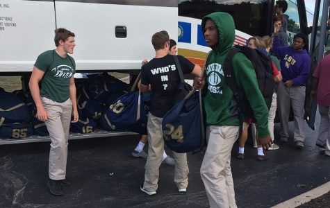 Varsity football team heads to Kentucky