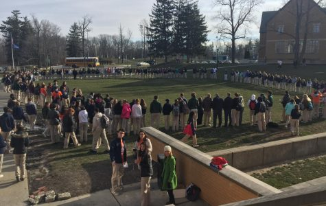 Students participate in March 14 walkout