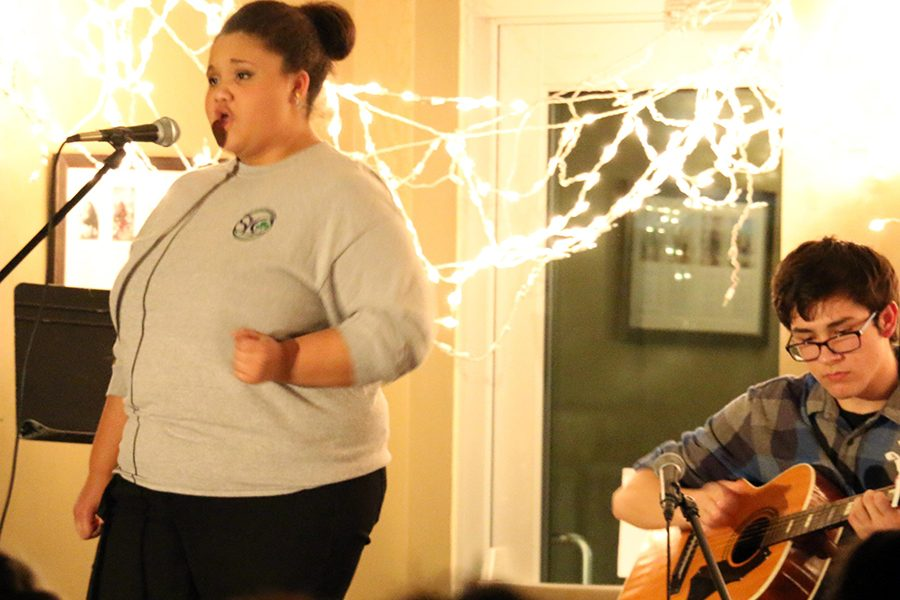 Senior Lauren Graves performs at last year's Coffee House Jam, and she will take the stage at this year's event on March 9. Evan Schoettle '17 accompanied her.