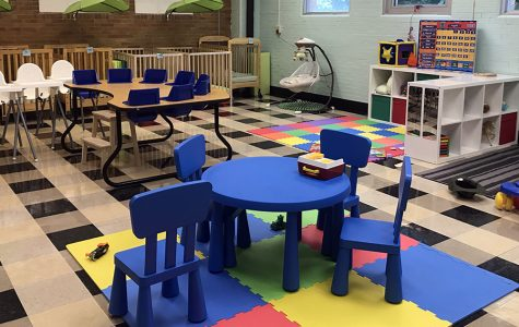 Preschoolers 'enroll' at Cathedral