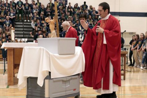 Senior carries on storied Cathedral tradition