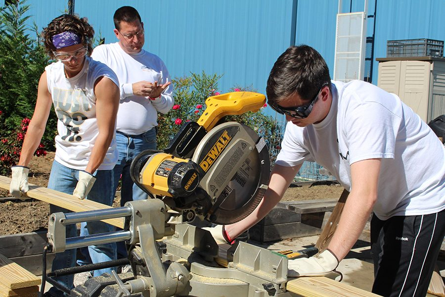 Students participated in last year's fall mission trip.