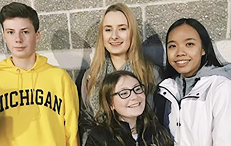 Foreign exchange students experience holiday