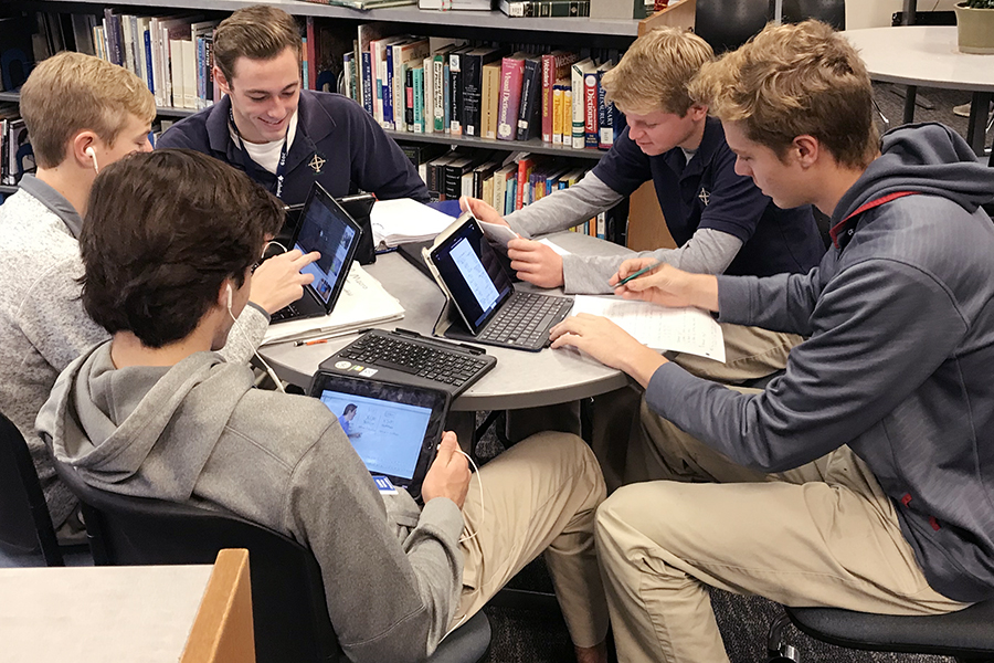 During G period on Dec. 13, seniors study for their upcoming final exams.