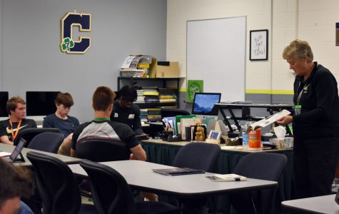 Class provides instruction in financial management