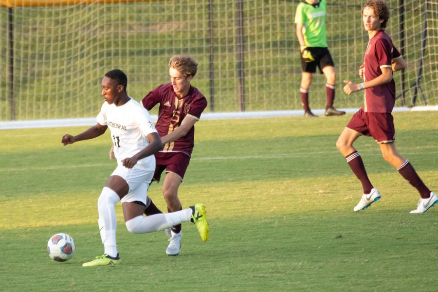 The men's varsity soccer team traveled to Brebeuf Jesuit on Sept. 10, falling to the Braves 3-1.