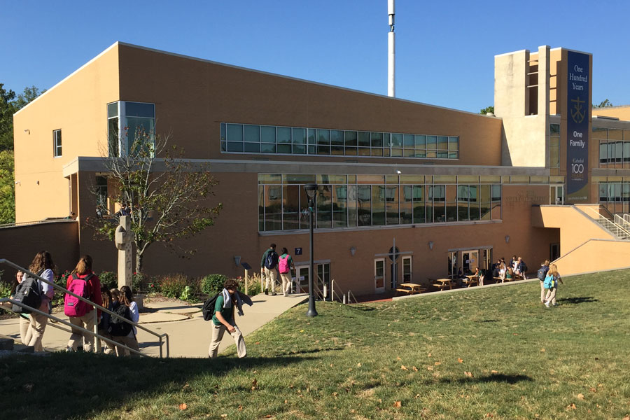 Flunchers take advantage of the warm weather on Oct. 2.