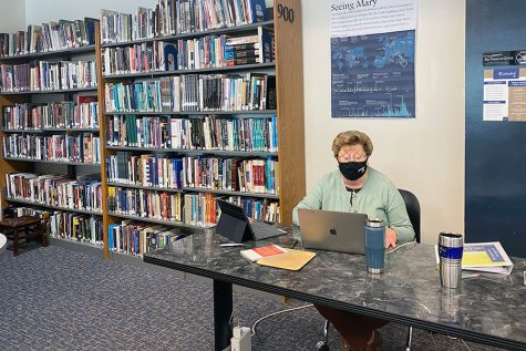 Sr. Mary Mary Ann Stewart prepares for her next social studies class in the library. Sr. Stewart provided her perspective on the importance of the Catholic vote in the upcoming presidential election.