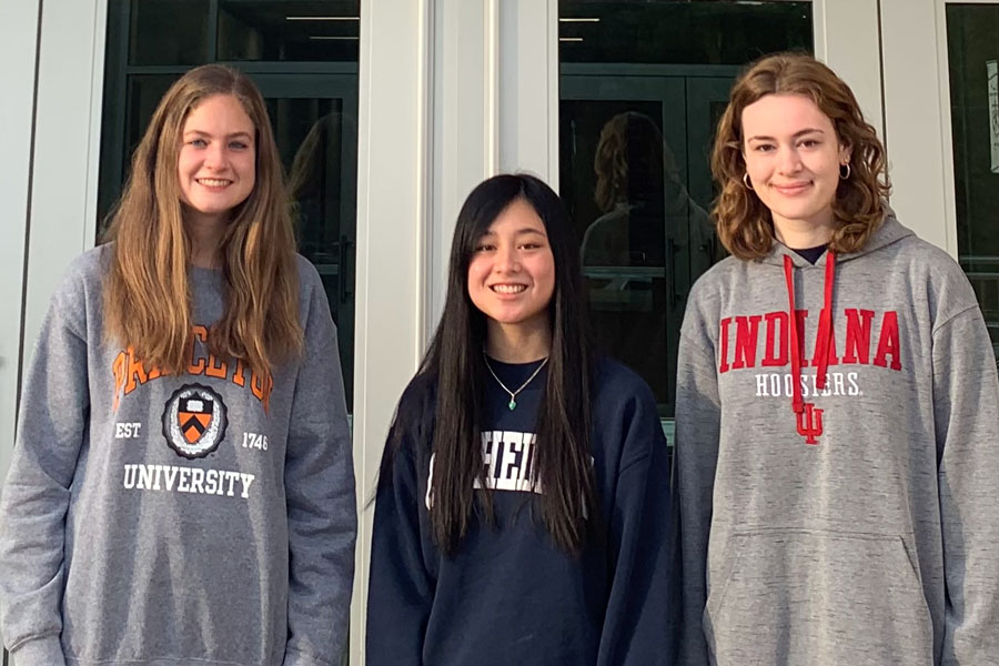 Three+seniors%2C+from+left%2C+Lauren+Caldwell%2C+Jasmine+Zimmer+and+Allison+Schneider%2C+have+been+named+National+Merit+Semifinalists.They+offered+their+advice+on+how+to+prepare+for+the+PSAT.+